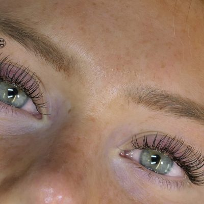 individual-russian-eyelash-extensions-herts