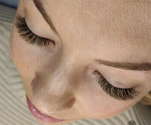 Eyelash Extensions Training Courses in Hertfordshire | Beauty Bar