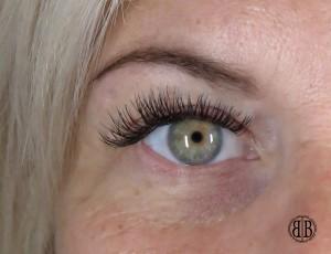 Eyelash Extensions cost cheshunt hertfordshire